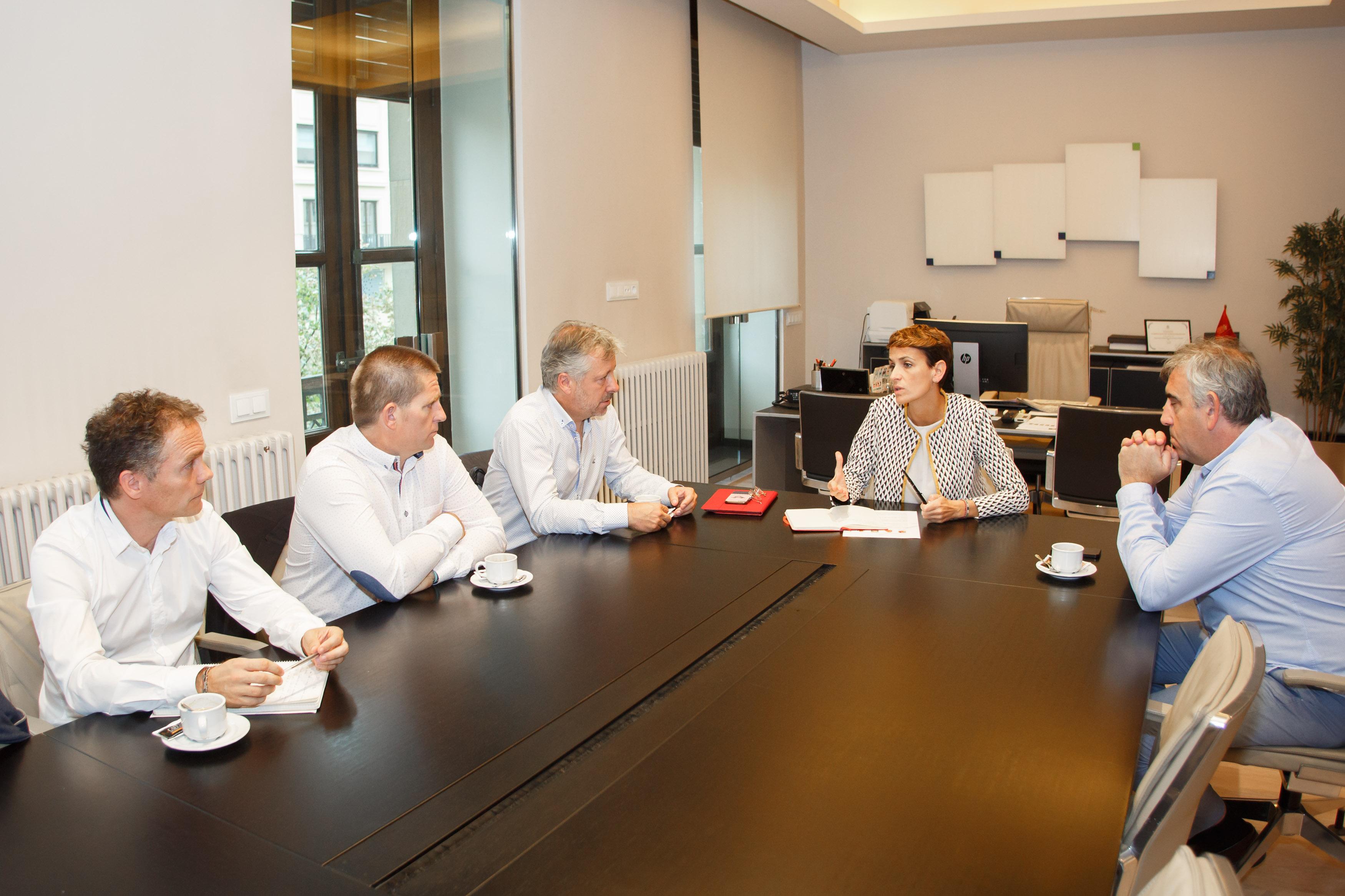 UAGN se reúne con el Gobierno de Navarra. Reunión María Chivite