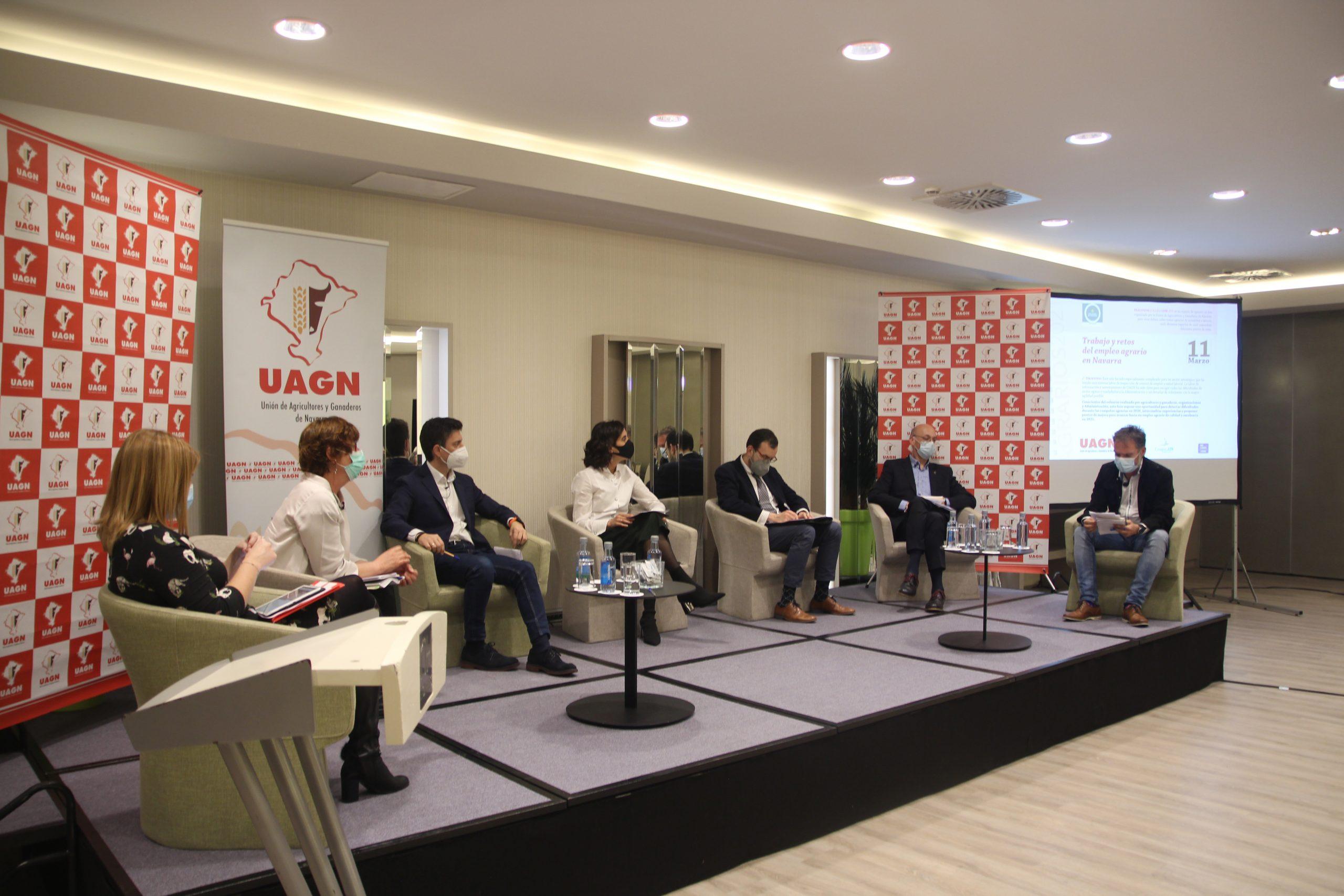 Diálogos Agrarios: Trabajo y retos del empleo agrario en Navarra